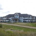 BC省夫妇买下萨省巨宅
