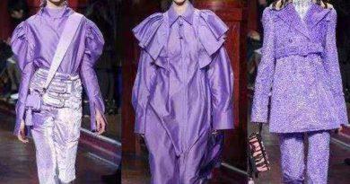 """衣橱里不要只有黑白灰,2020年开始流行""""香芋紫"""",甜美有气质"""